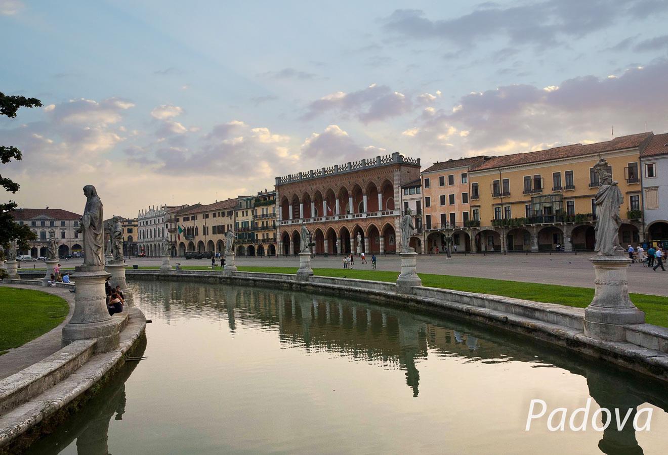 Prato della Valle. Padova